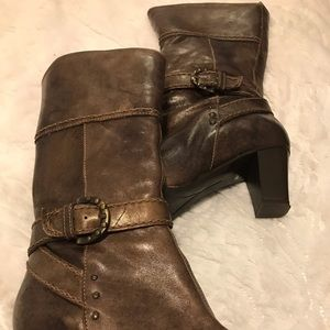 Shoes - Super hub boots